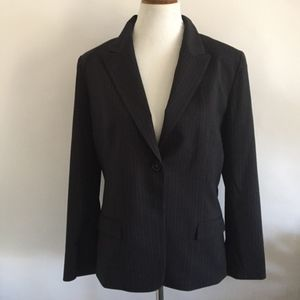Tahari Black and White Pin Stripes Jacket Blazer